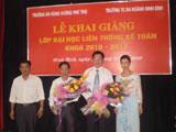 Khai giang lop dai hoc lien thong ke toan tai Ninh Binh khoa 2010- 2013