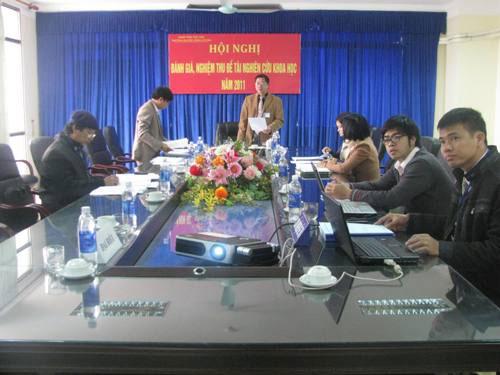 Hoi nghi danh gia, nghiem thu De tai Nghien cuu khoa hoc nam 2011