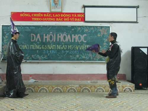 "Khoa Khoa hoc tu nhien to chuc thanh cong ""Da hoi Hoa hoc"""
