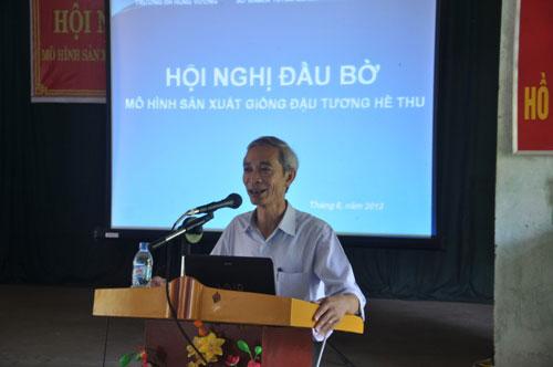 Hoi nghi dau bo mo hinh san xuat giong dau tuong vu he thu nam 2013 tai tinh Tuyen Quang