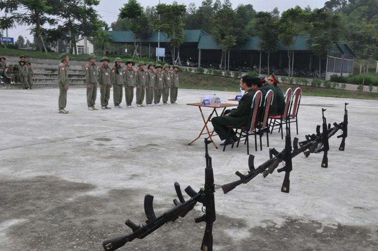 Trung tam Giao duc quoc phong va an ninh, Truong Dai hoc Hung Vuong to chuc Hoi thao quoc phong sinh vien Khoa 5 – GDQP&AN
