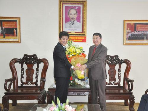 Doan cong tac tinh Nara, Nhat Ban tham va lam viec voi Truong Dai hoc Hung Vuong