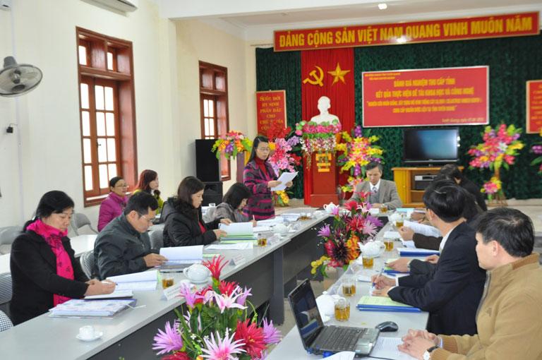 Nghiem thu hai de tai khoa hoc cong nghe cap tinh Tuyen Quang do Truong Dai hoc Hung Vuong chu tri