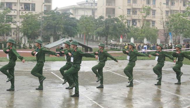 369 hoc sinh cac truong THPT trong tinh Phu Tho tham gia Hoi thao Giao duc Quoc phong va An ninh tai Truong Dai hoc Hung Vuong