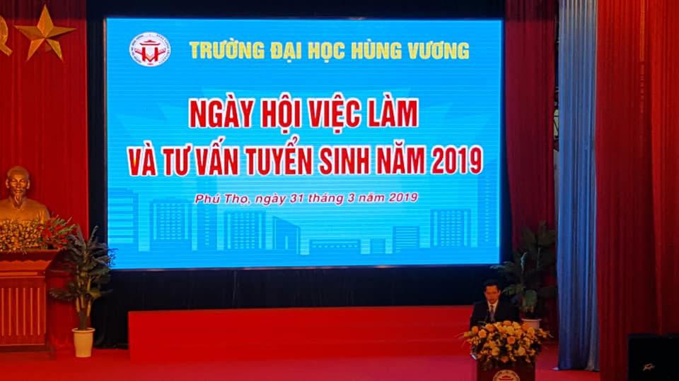 Album anh cac hoat dong Ngay hoi viec lam - Tu van tuyen sinh nam 2019