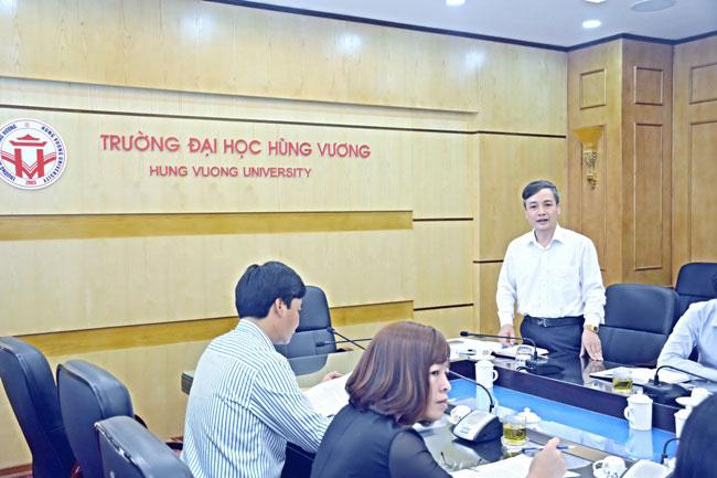Hoi nghi kiem tra tien do thuc hien cac de tai nghien cuu khoa hoc cap tinh do Truong Dai hoc Hung Vuong chu tri