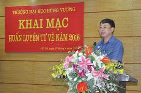 Truong Dai hoc Hung Vuong to chuc khai mac huan luyen tu ve nam 2016