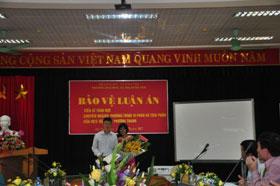 Nghien cuu sinh Dang Thi Phuong Thanh bao ve thanh cong Luan an tien si