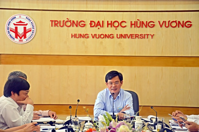 Hoi nghi bao cao de an xay dung truong lien cap chat luong cao Hung Vuong