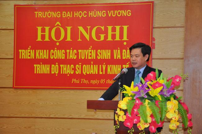 Truong Dai hoc Hung Vuong to chuc Hoi nghi trien khai cong tac tuyen sinh va dao tao trinh do thac si Quan ly kinh te