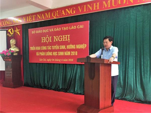 Doan cong tac Truong Dai hoc Hung Vuong tham du Hoi nghi trien khai cong tac tuyen sinh, huong nghiep va phan luong hoc sinh nam 2018 tai tinh Lao Cai