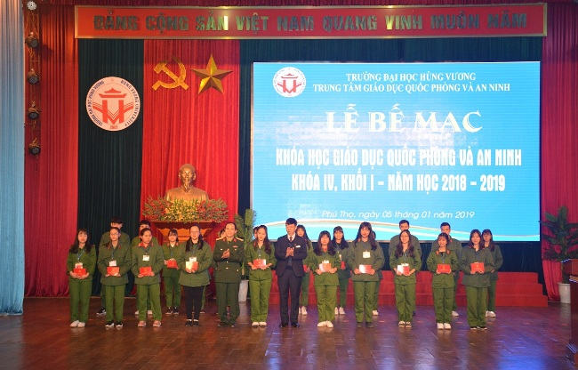 Be mac khoa hoc Giao duc va An ninh khoa IV, khoi 1 nam hoc 2018-2019