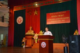 Khai mac Hoi dong cham khoa luan tot nghiep nam hoc 2016 - 2017