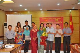 Truong DH Hung Vuong to chuc chuong trinh giao luu van hoa Viet Nam – Brunei