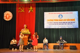 Hoi Sinh vien Truong DH Hung Vuong to chuc chuong trinh giao luu van nghe chao mung 67 nam ngay truyen thong Hoc sinh, Sinh vien va Hoi Sinh vien Viet Nam (9/1/1950-9/1/2017)