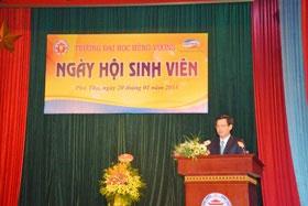 Phat bieu cua Tien si Trinh The Truyen – Bi thu Dang uy, Hieu truong tai Ngay hoi sinh vien Truong Dai hoc Hung Vuong nam 2018