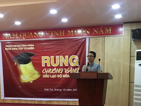 Lien chi khoa Khoa hoc Tu nhien va Cau lac bo Hoa – Sinh, Truong Dai hoc Hung Vuong to chuc Chuong trinh