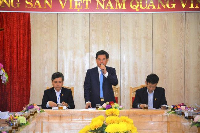Truong Dai hoc Hung Vuong to chuc Hoi nghi so ket hoc ky 1, nam hoc 2017 – 2018