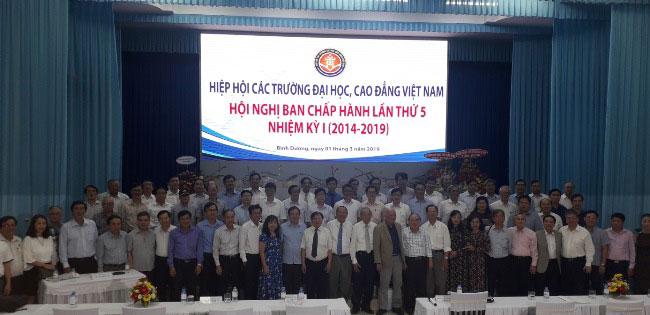 Doan dai bieu Truong Dai hoc Hung Vuong tham gia Hoi nghi BCH lan thu 5 Nhiem ky I (2014-2019) Hiep hoi cac Truong Dai hoc, Cao dang Viet Nam