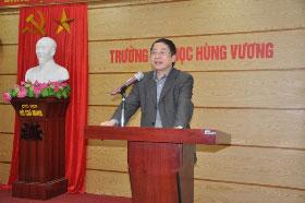 "Truong Dai hoc Hung Vuong to chuc toa dam ""Nghien cuu khoa hoc va khoi nghiep"""