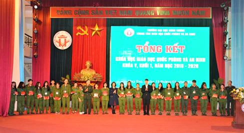 Tong ket khoa hoc Giao duc Quoc phong va An ninh khoa V, khoi 1 nam hoc 2019 - 2020
