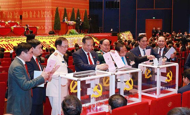 Danh sach trung cu Ban chap hanh Trung uong Dang khoa XIII