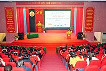Truong Dai hoc Hung Vuong to chuc Hoi thao tap huan chuong trinh Giao duc pho thong moi